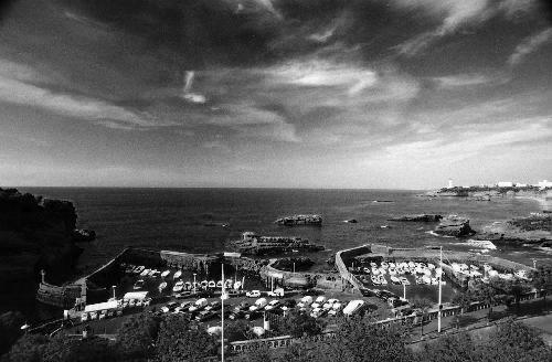 Biarritz : Les vagues déferlent
