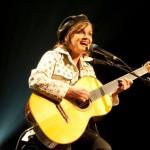 Le Journal de Montréal – Diane Tell: ne faire qu'une avec sa guitare – 23 mai 2013